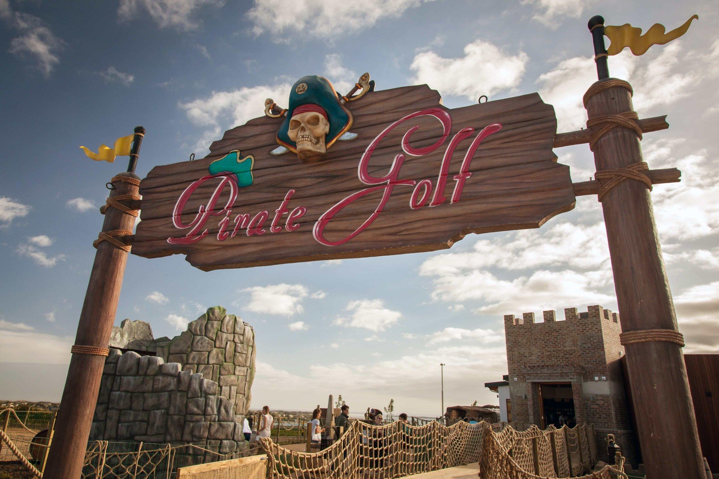 Pirate Golf 4-min.jpg