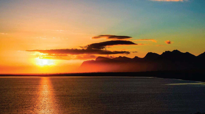 Best-sunsets-for-sundowners-Benguela-Cove.jpg