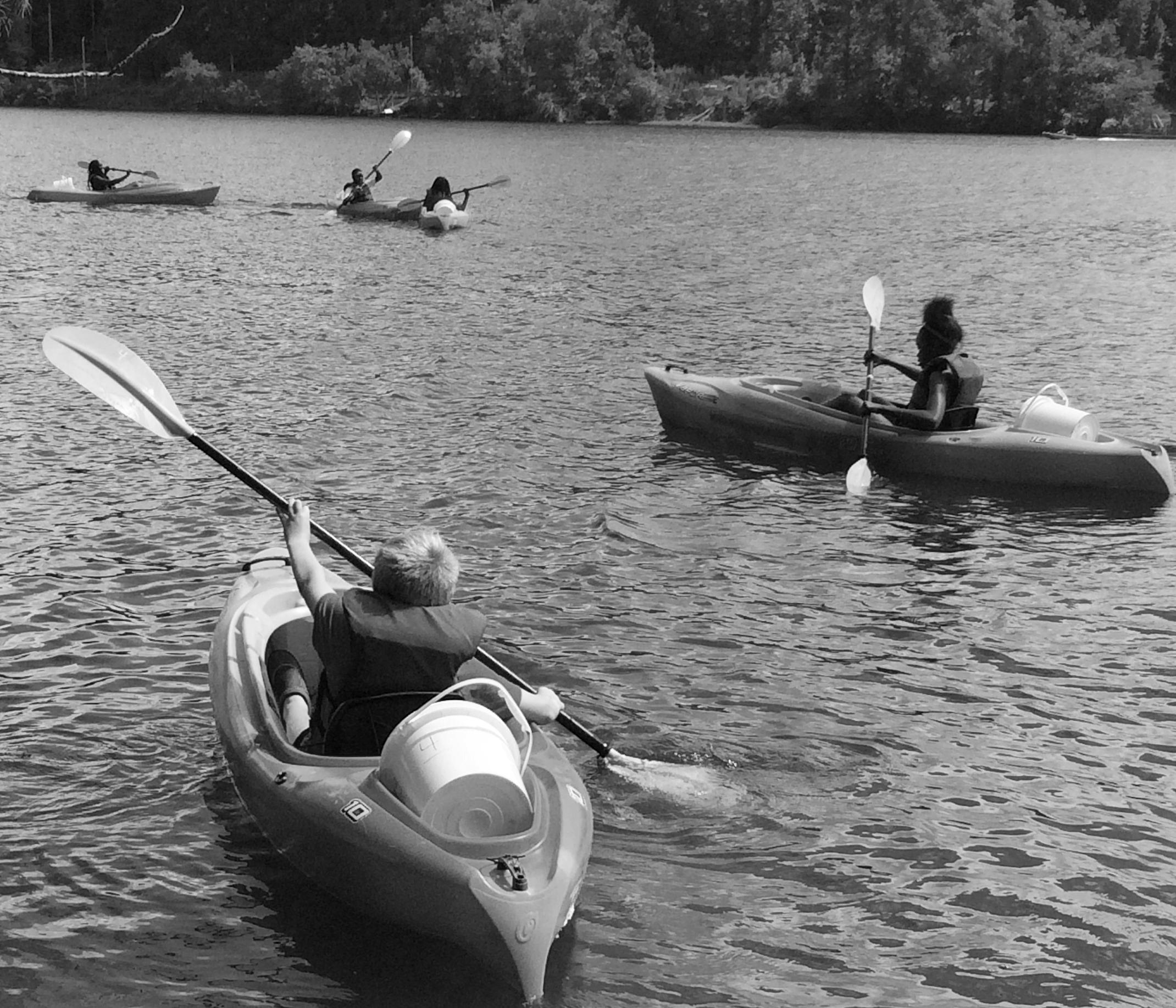 kayaks..JPG