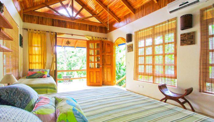 Costa-Rica-Surf-Bungalow-Armonia-e1388716060245-700x400.jpg
