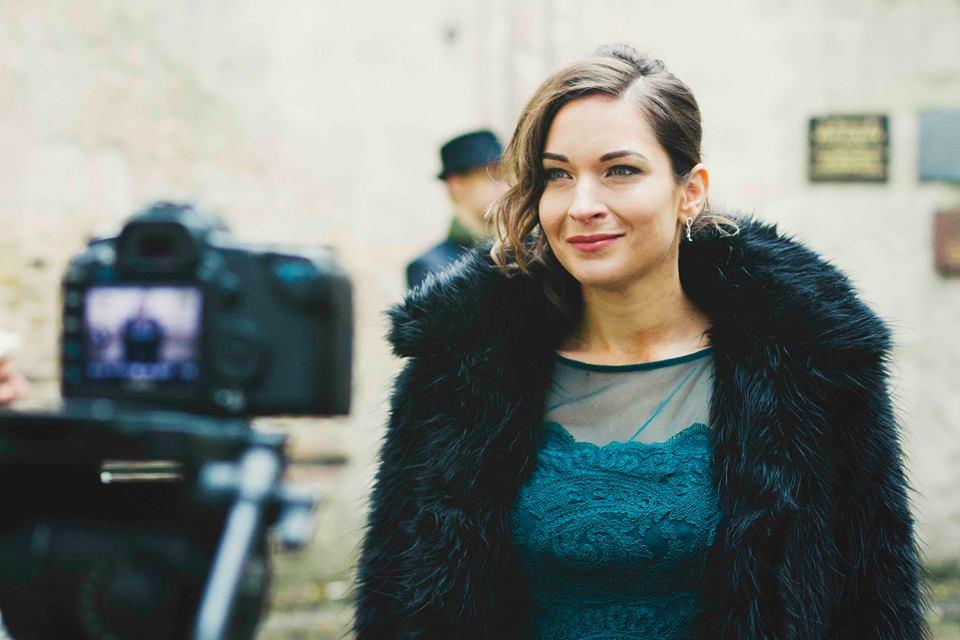 Gabrielle Ducomble's music video