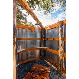 Luxurious - Outdoor Showers & Indoor Restrooms