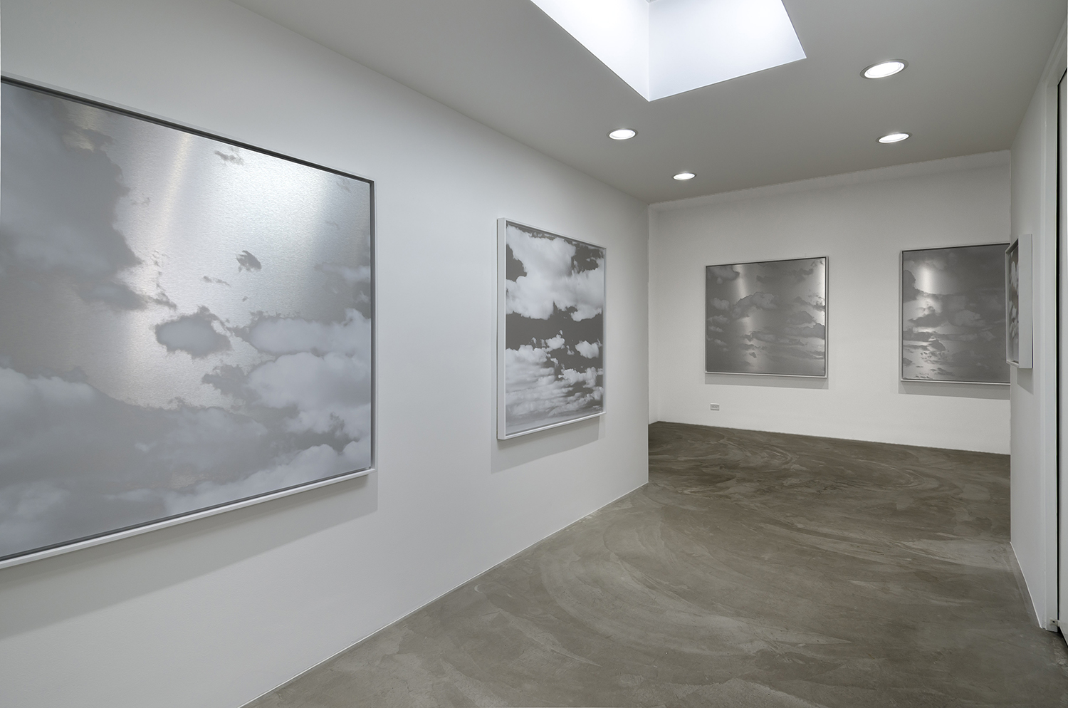 KANTOR GALLERY , LOS ANGELES  CLOUDS, 2019  EXHIBITION INFO