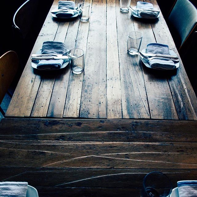 See it for yourself at @ruawarsaw • • • • #architecturehome #photography #reclaimed #helm #helmwoodcraft #handmade #handcrafted #wood #woodworking #carpentry #reclaimed #reclaimedwood #salvage #table #dining #family #stories #corner #local #custom