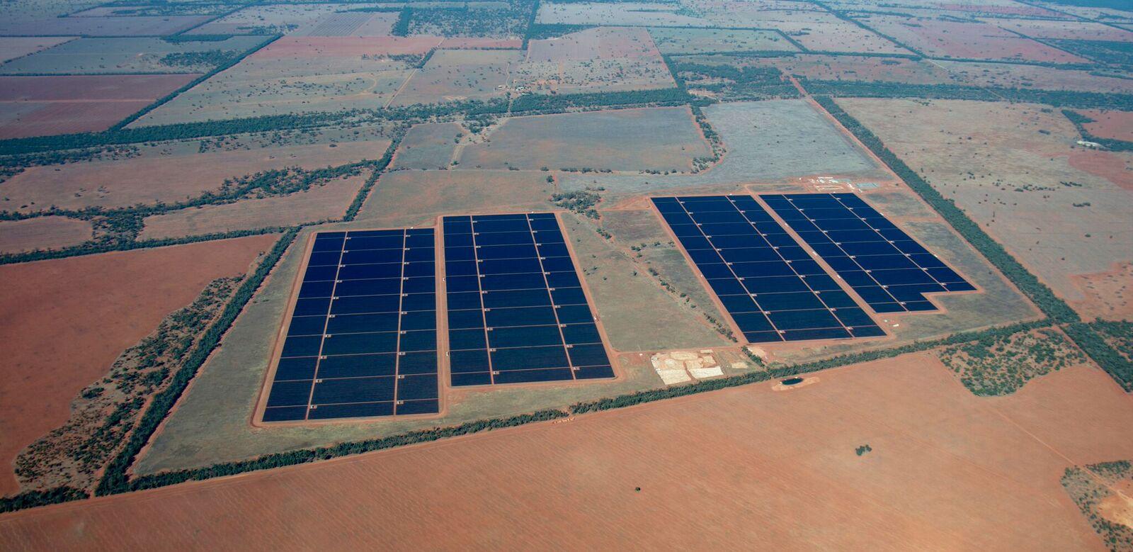 Usina Solar AGL Nyngan, 102 MW