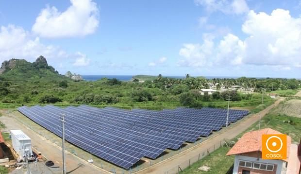 Usina solar localizada em Fernando de Noronha, PE.