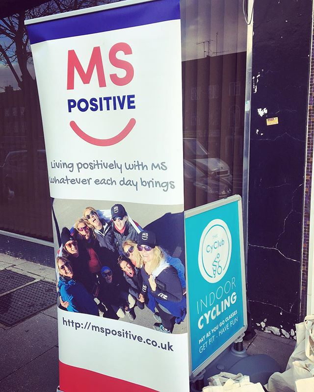 Supporting this amazing charity today by giving all the hardcore spinners some much needed sports massages!! 🚴🏽♂️🥇💙 #mspositive #charity #givingback #osteopathy #sportsmassage #awareness