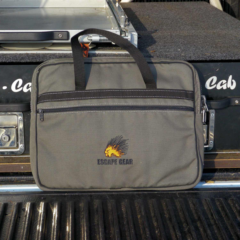 Escape Gear Taschen und Accessoires - Notebooktasche Overland 01.JPG