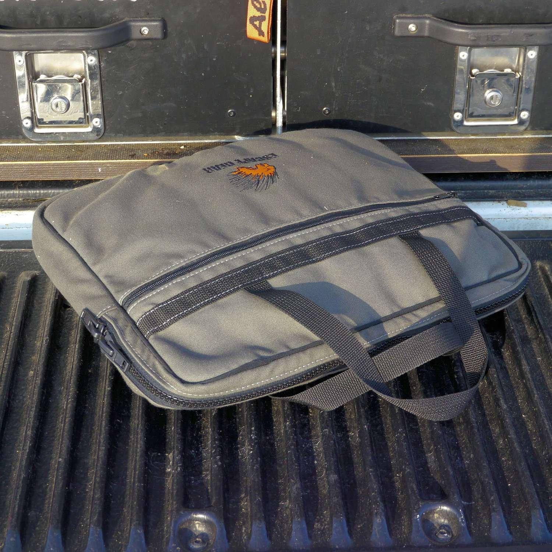 Escape Gear Taschen und Accessoires - Notebooktasche Overland 03.JPG