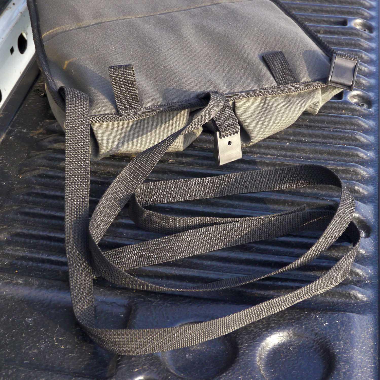 Escape Gear Taschen und Accessoires - Stausystem für Sitzlehne 05.JPG