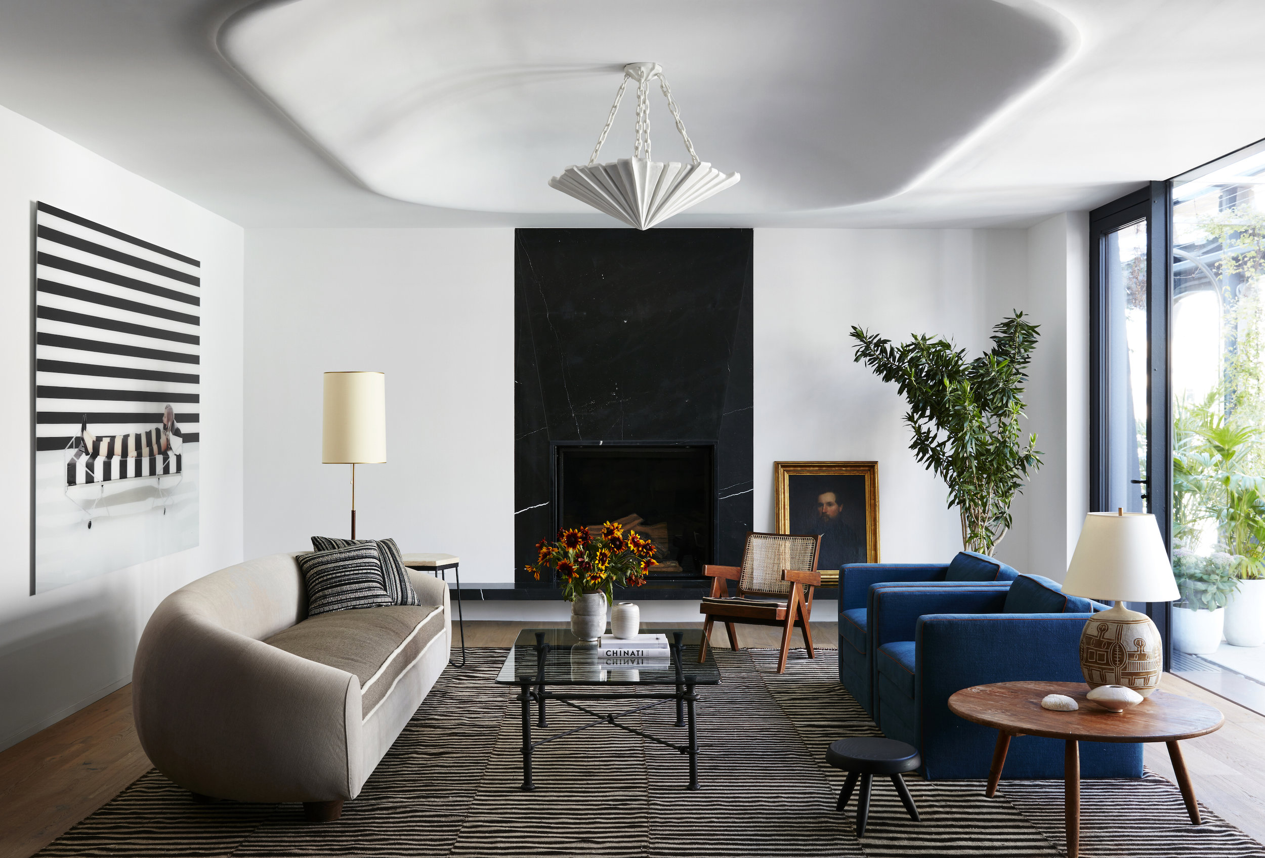 James Pendant  Xoco, by DDG, interior designed by Neal Beckstedt Studio. Photographer: Stephen Kent Johnson.