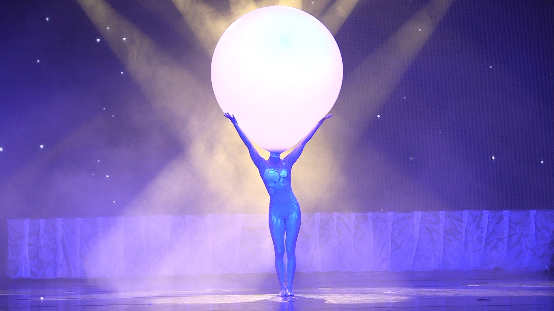*A-Snowkus Balloon.jpg