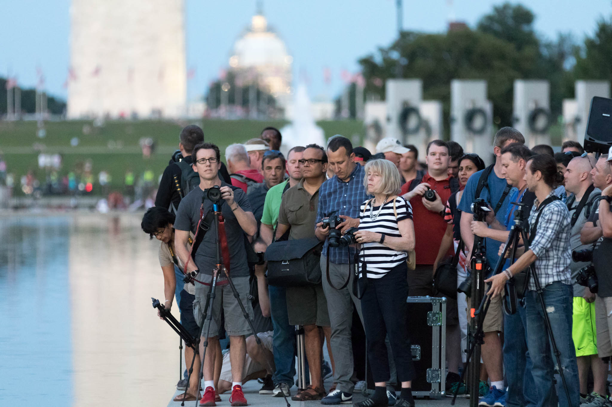 DC PhotoWalk - Stuck in Customs Us Tour - trey ratcliff and some students.jpg