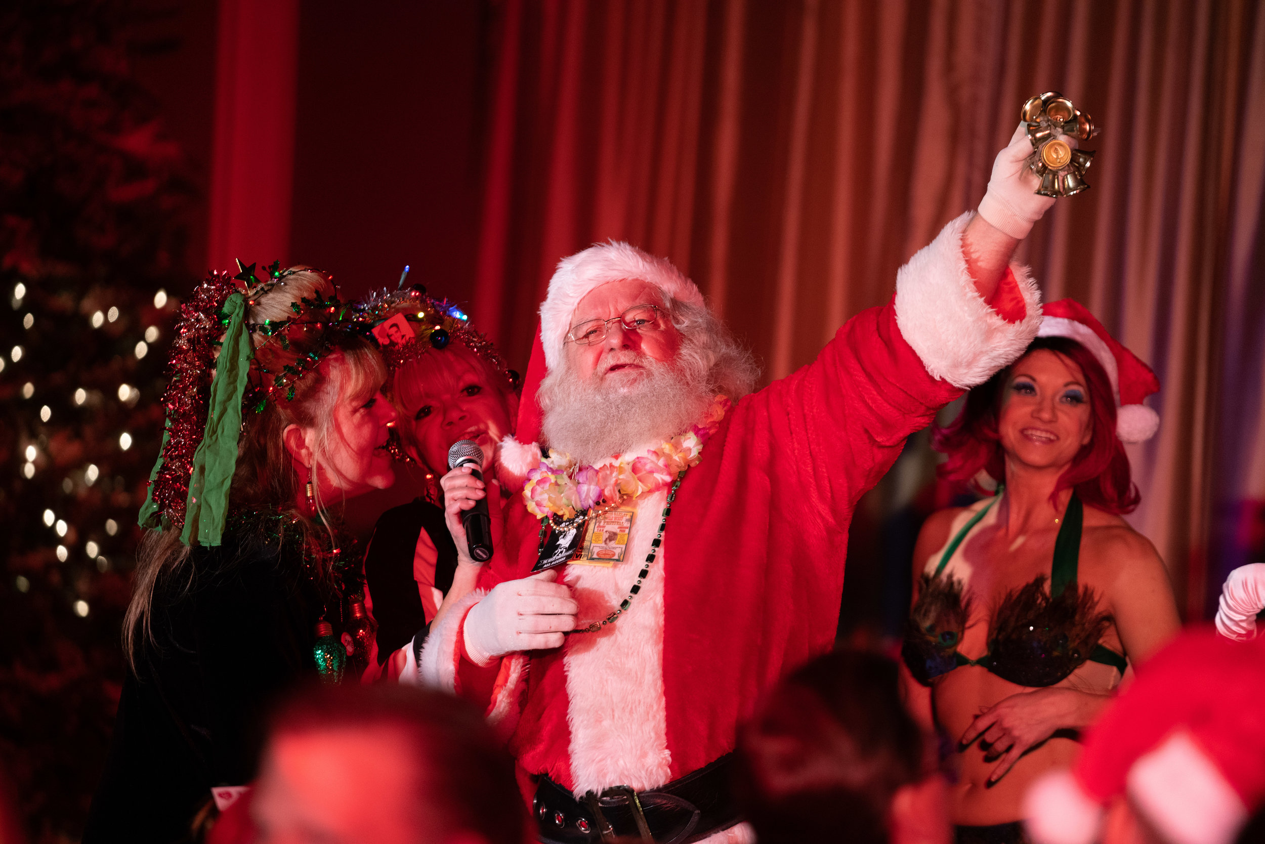 Santa Claus and the Fabulettes