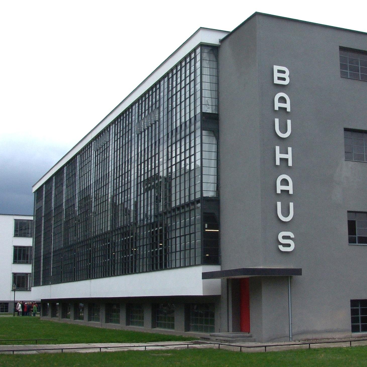 Bauhaus_Dessau-001.jpg