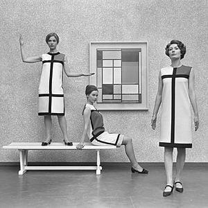 Yves St Laurent Mondrian fashions 1966