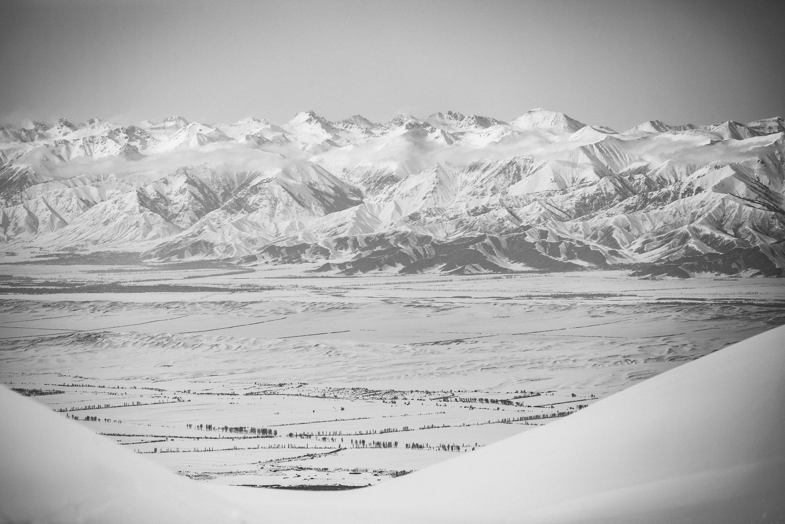 Gaudenz Danuser-Karakol, Kyrgyzstan-110229-10-15-40.jpg