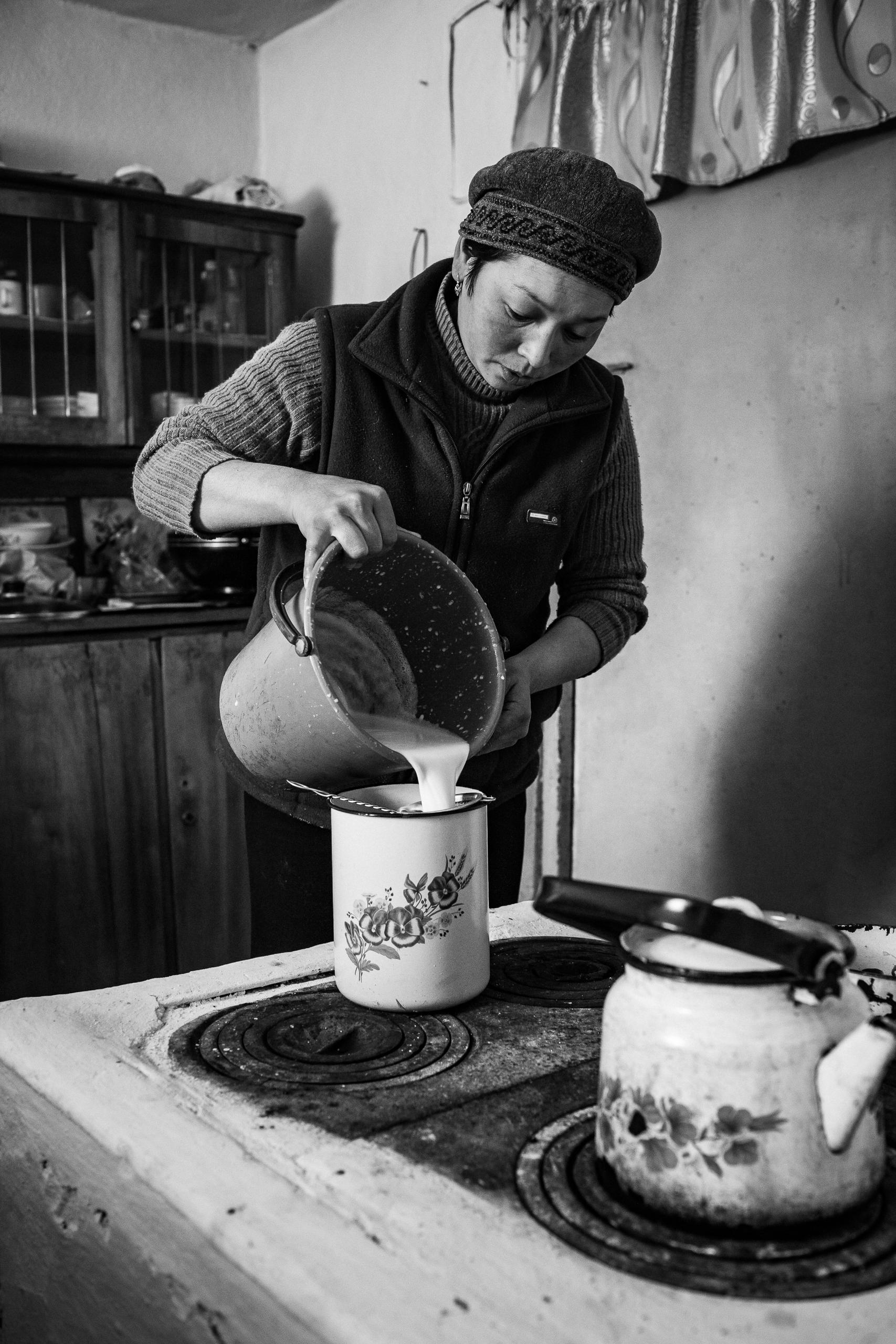 Gaudenz Danuser-Karakol, Kyrgyzstan-110228-03-59-55.jpg