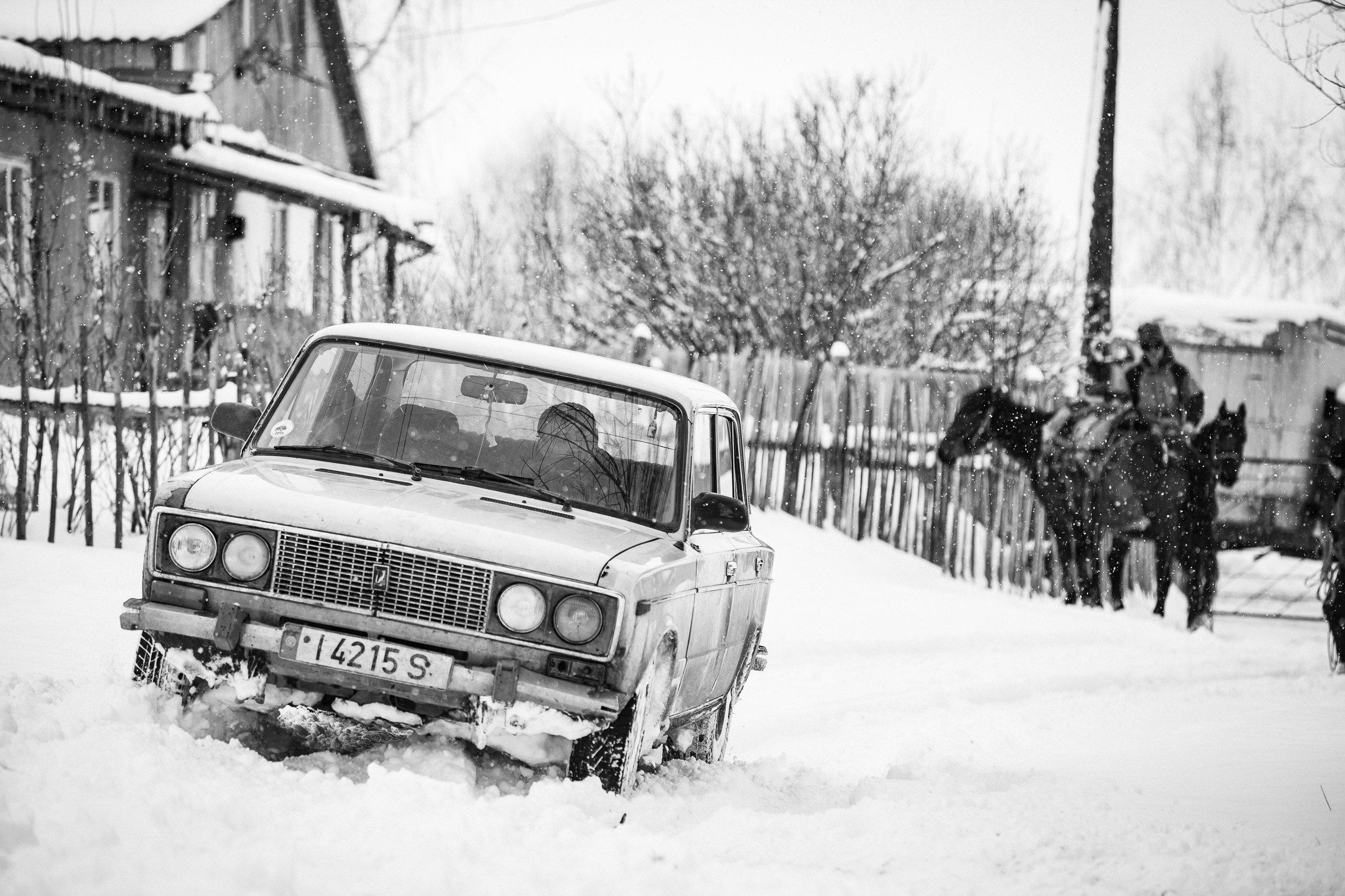 Gaudenz Danuser-Karakol, Kyrgyzstan-110228-06-33-31.jpg