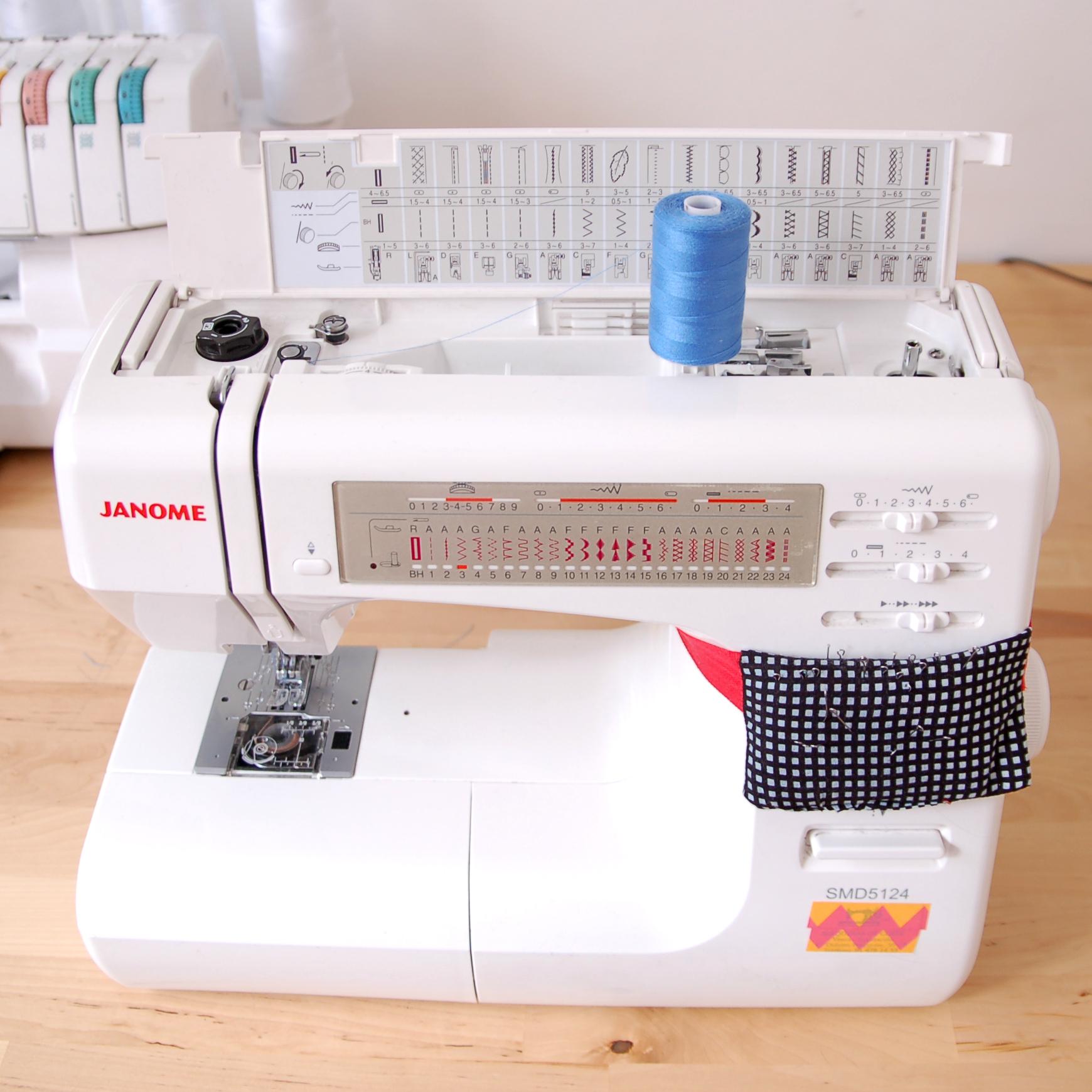 mis máquinas de coser www.studiocostura.com