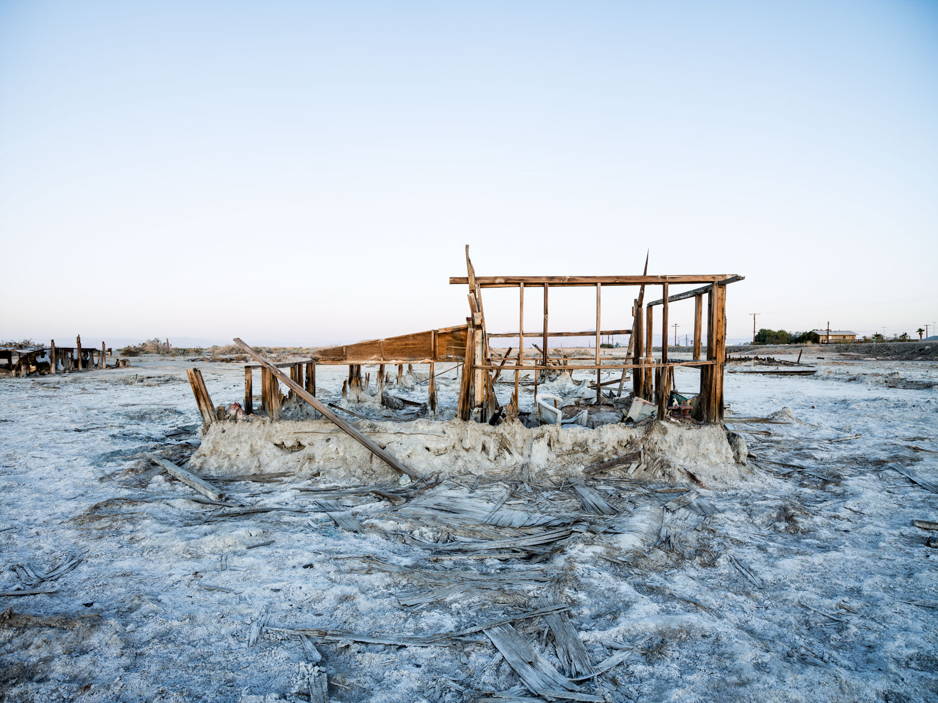 Bombay Beach decaying house on the deserted shoreline