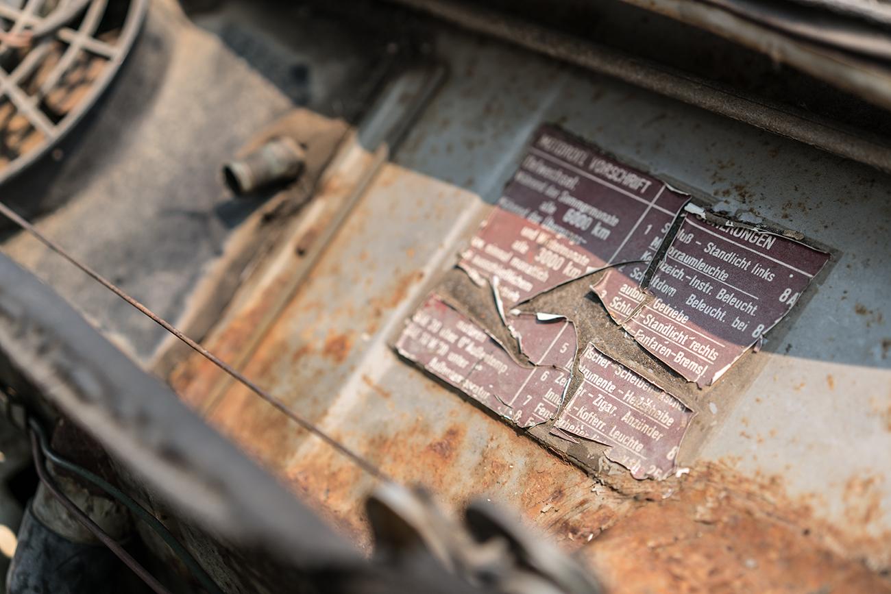 Monterey_Car_Week_Rusty_German_Car_Label_Jordan_Reeder.jpg