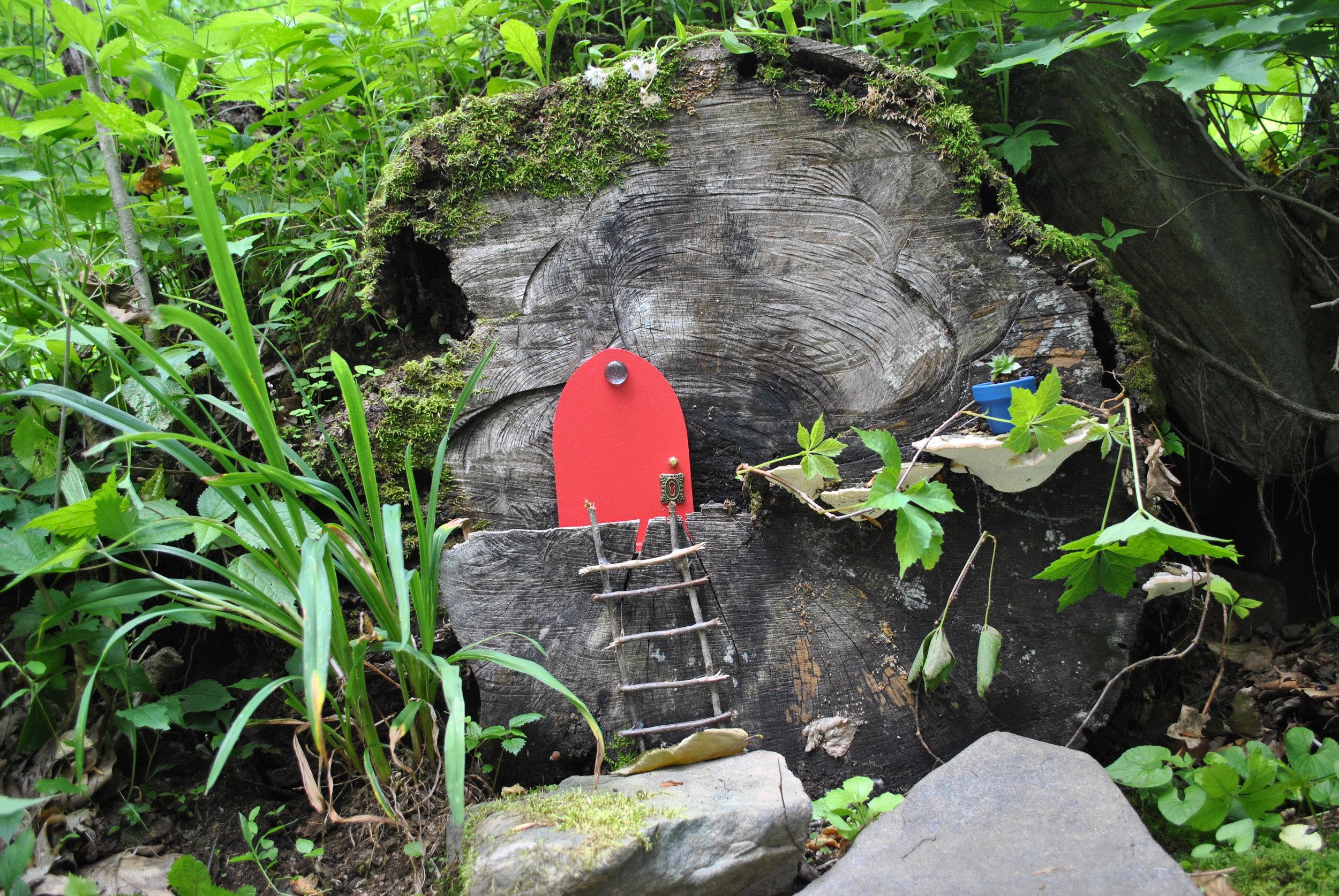 Old Mountain Road Fairy Garden (Close-up)
