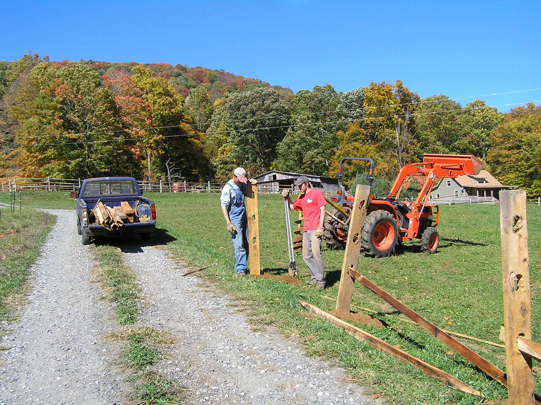 Farmwork_Fencing3.JPG