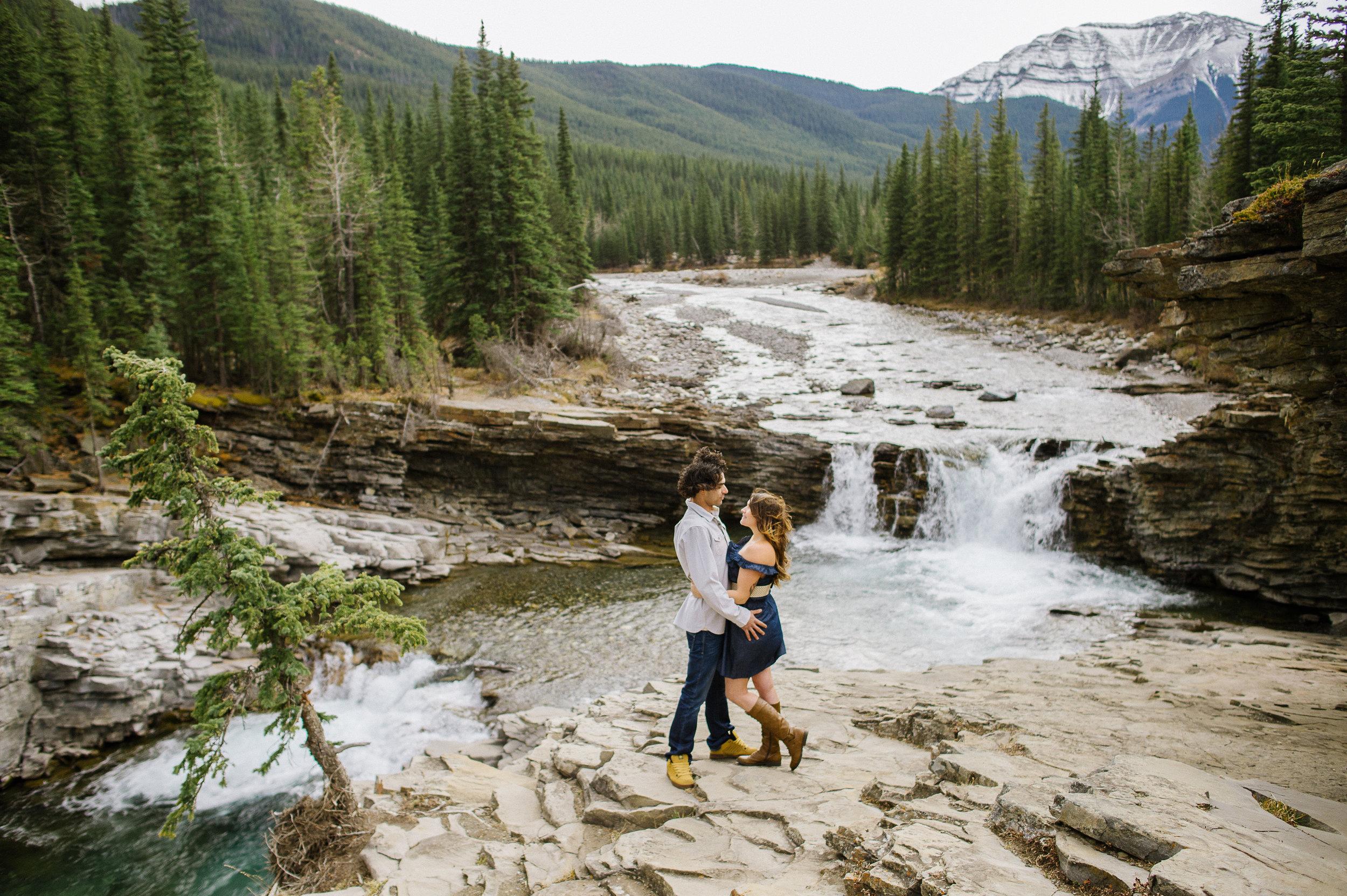 Calgary_Wedding_Photography_Ashley_Brett_Engagements_2017_HR 0026.jpg