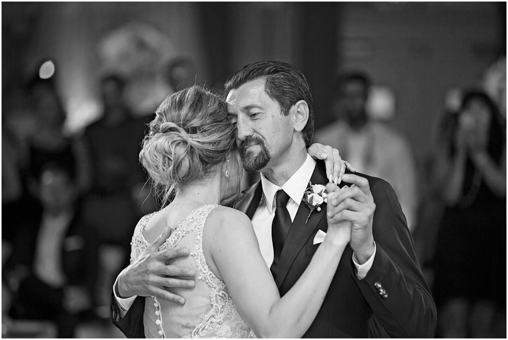 Calgary_Wedding_Photography_Fairmont_Palliser_2016_Blog_0072.jpg