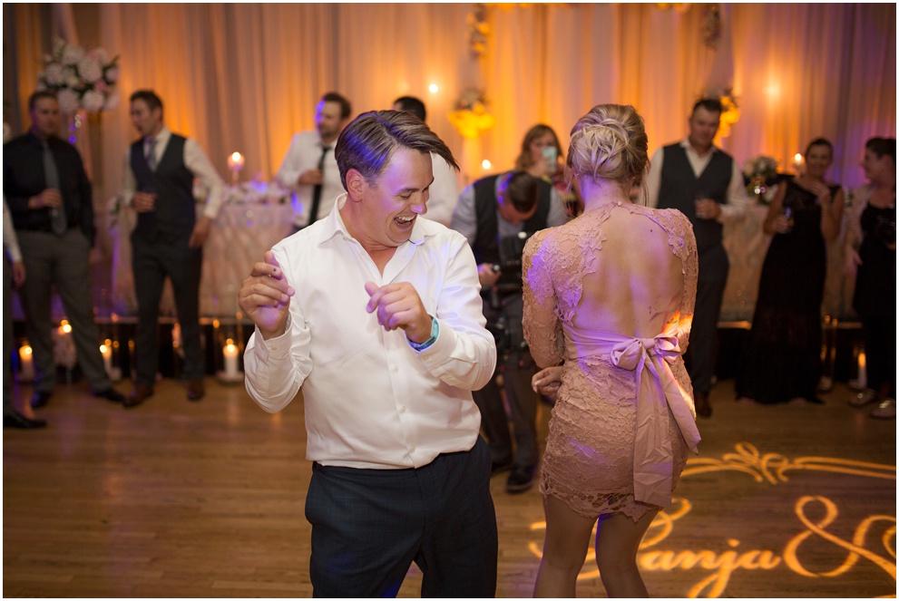Calgary_Wedding_Photography_Fairmont_Palliser_2016_Blog_0083.jpg