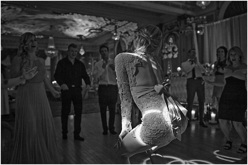 Calgary_Wedding_Photography_Fairmont_Palliser_2016_Blog_0092.jpg