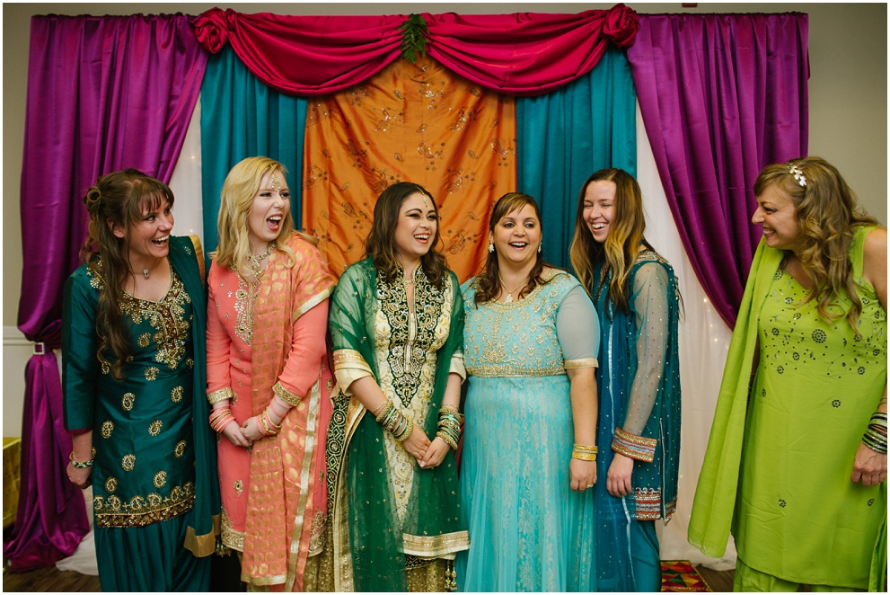 Calgary_Wedding_Photography_Mehndi_Ceremony_2017_Blog_0016.jpg