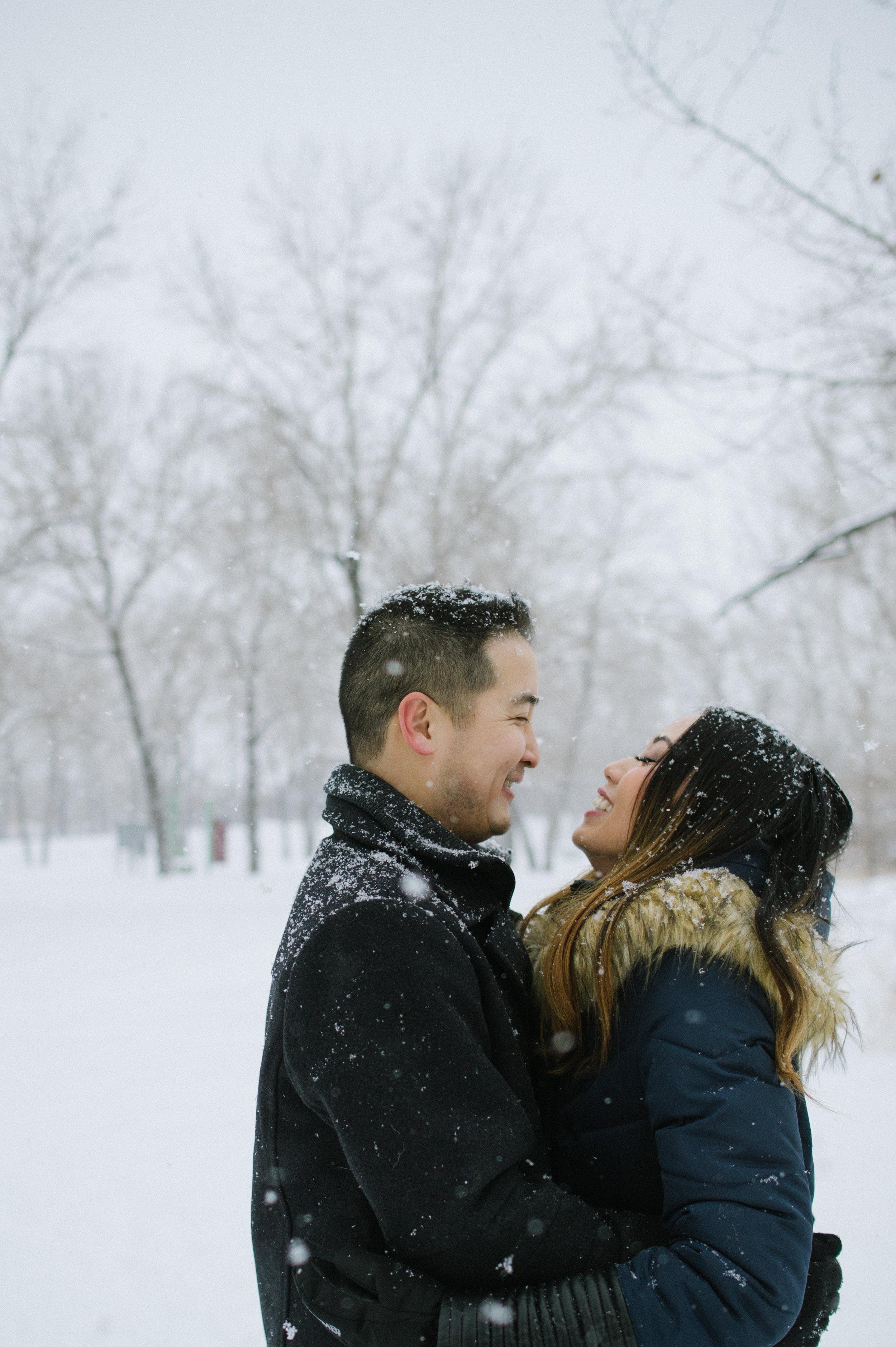 Calgary_Wedding_Photography_Susan_Brant_Engagements_Portraits_2018_Hr083.jpg