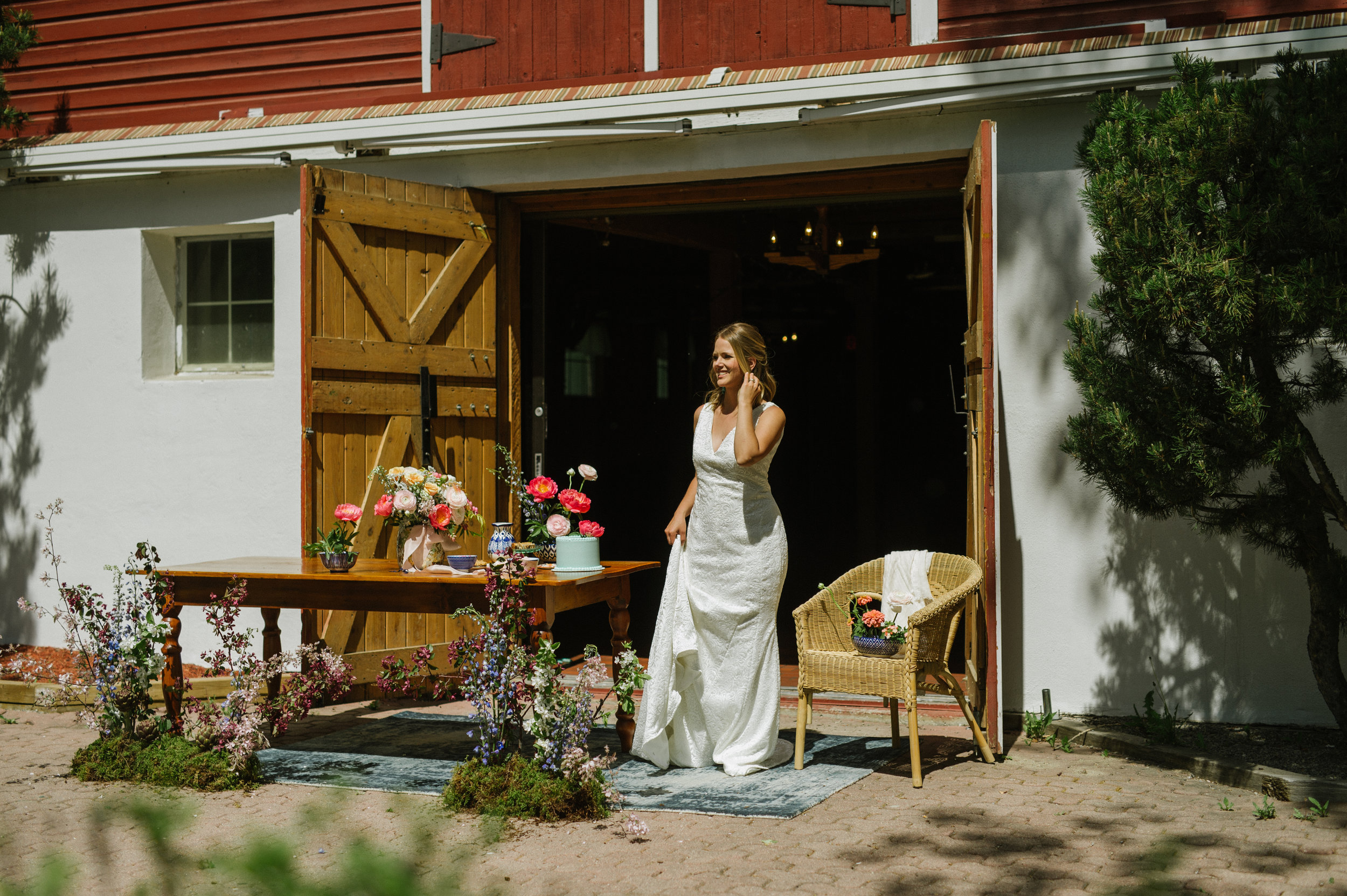 Calgary_Wedding_Photography_Spring_Barn_Wedding_Shoot_2018_HR068.jpg