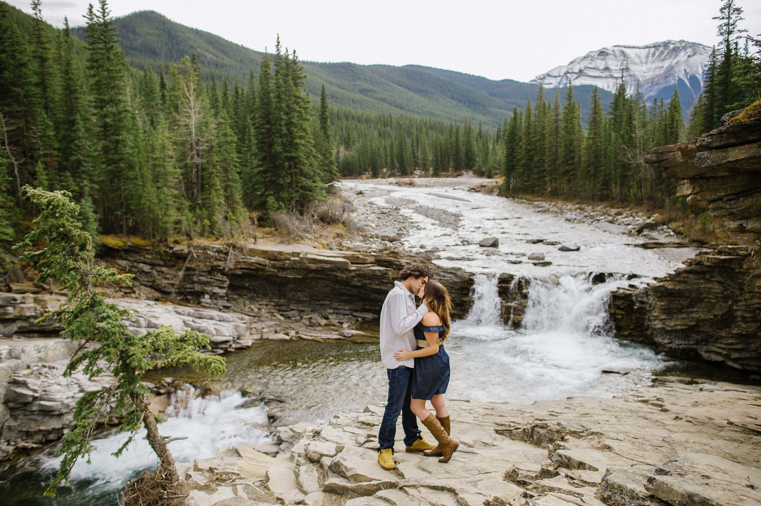 Christy-D-Swanberg-Photography-Calgary-Engagements-sheep-river-falls-21.jpg