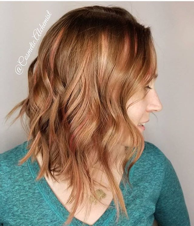 Here's some peachy pinky dreams from @cosmetic.alchemist don't ya just love how incorporated it is in the hair?!? Who said fun color can't be non dramatic. Not us. Nope. #pdx #pnw #portland #oregon #pink #peach #vivid #pastel #redhead #pdxstylist #pdxsalon #selflove #loveyourhair #natural #curls #medium #throwbackthursday #yessss