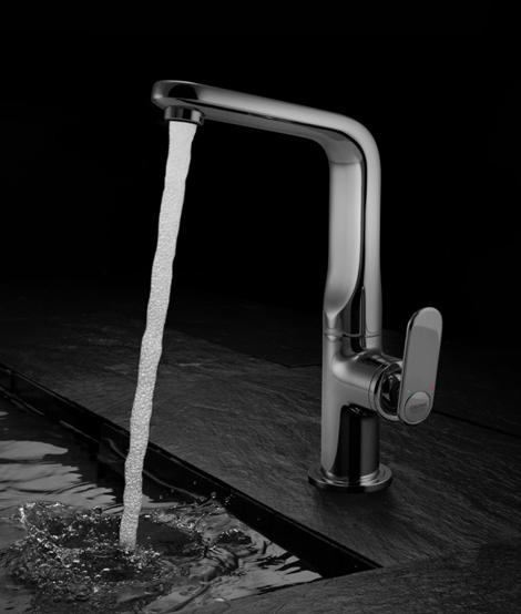 grohe-kitchen-faucet-veris-1.jpg
