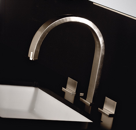 gessi-rettangolo-three-hole-faucet.jpg
