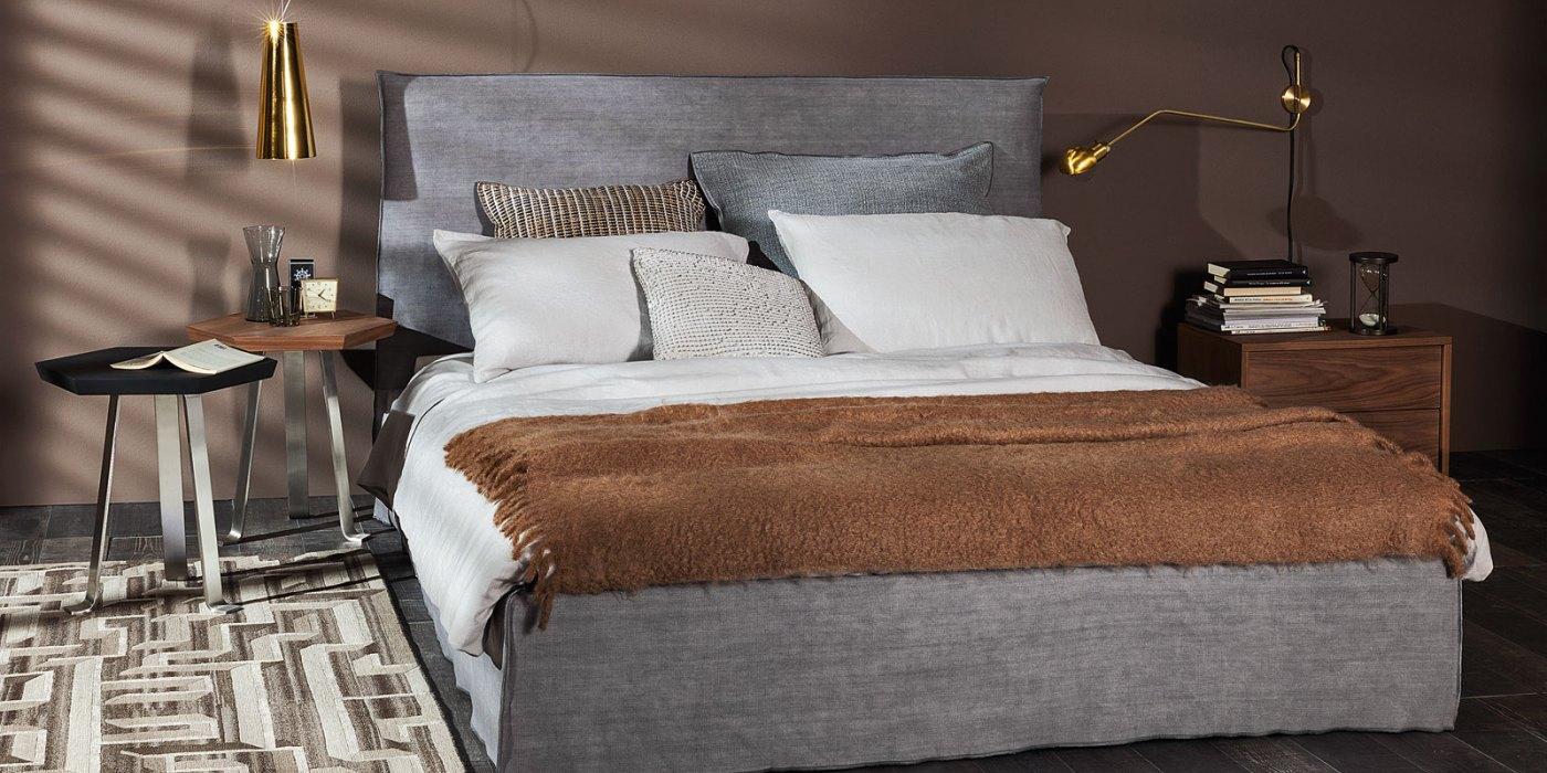 Кровать из коллекции Ghost.jpg