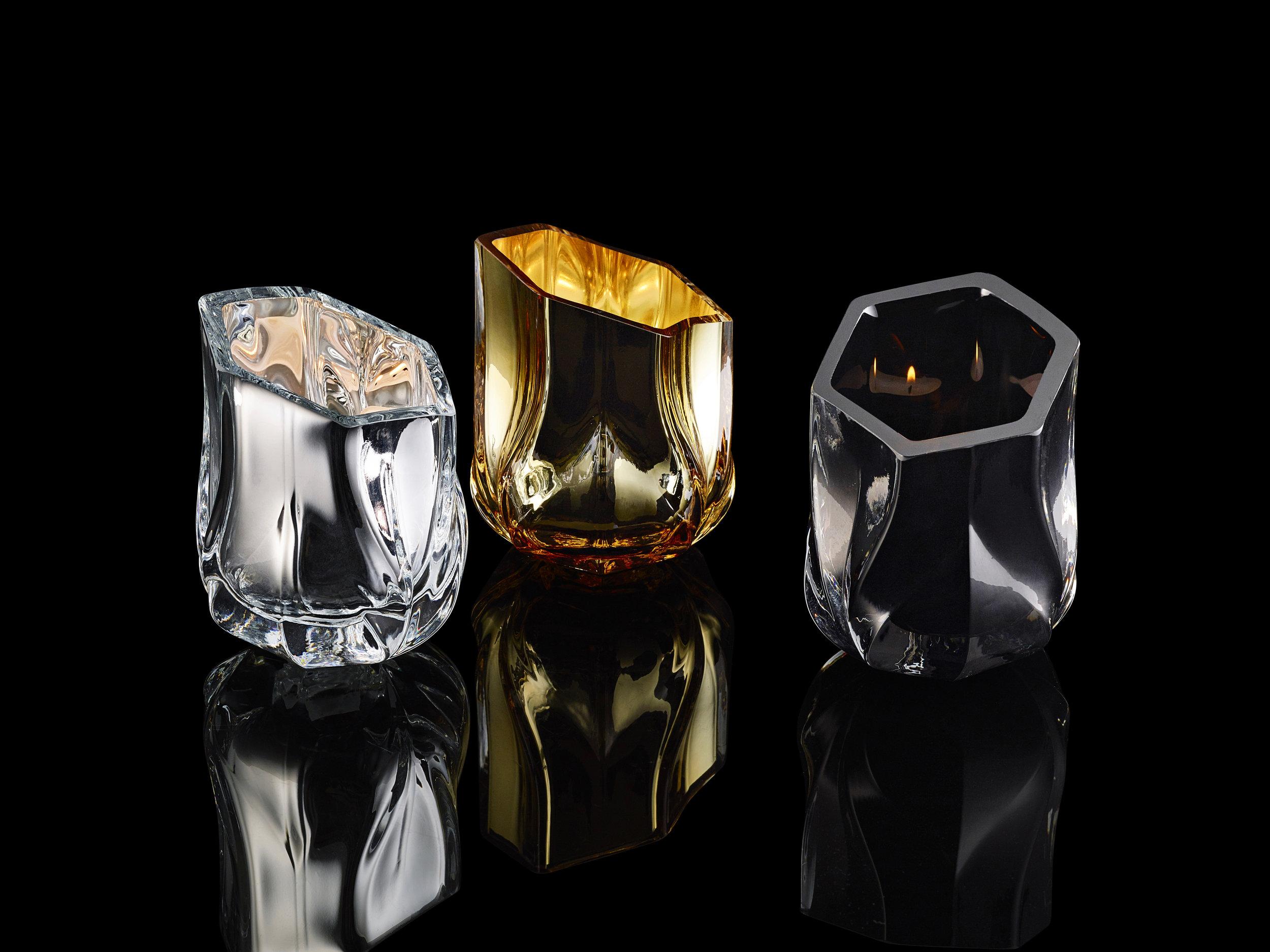 Подсвечники Braid изготовлены из сложной смеси стекла, стали, пластика и костяного фарфора..jpg