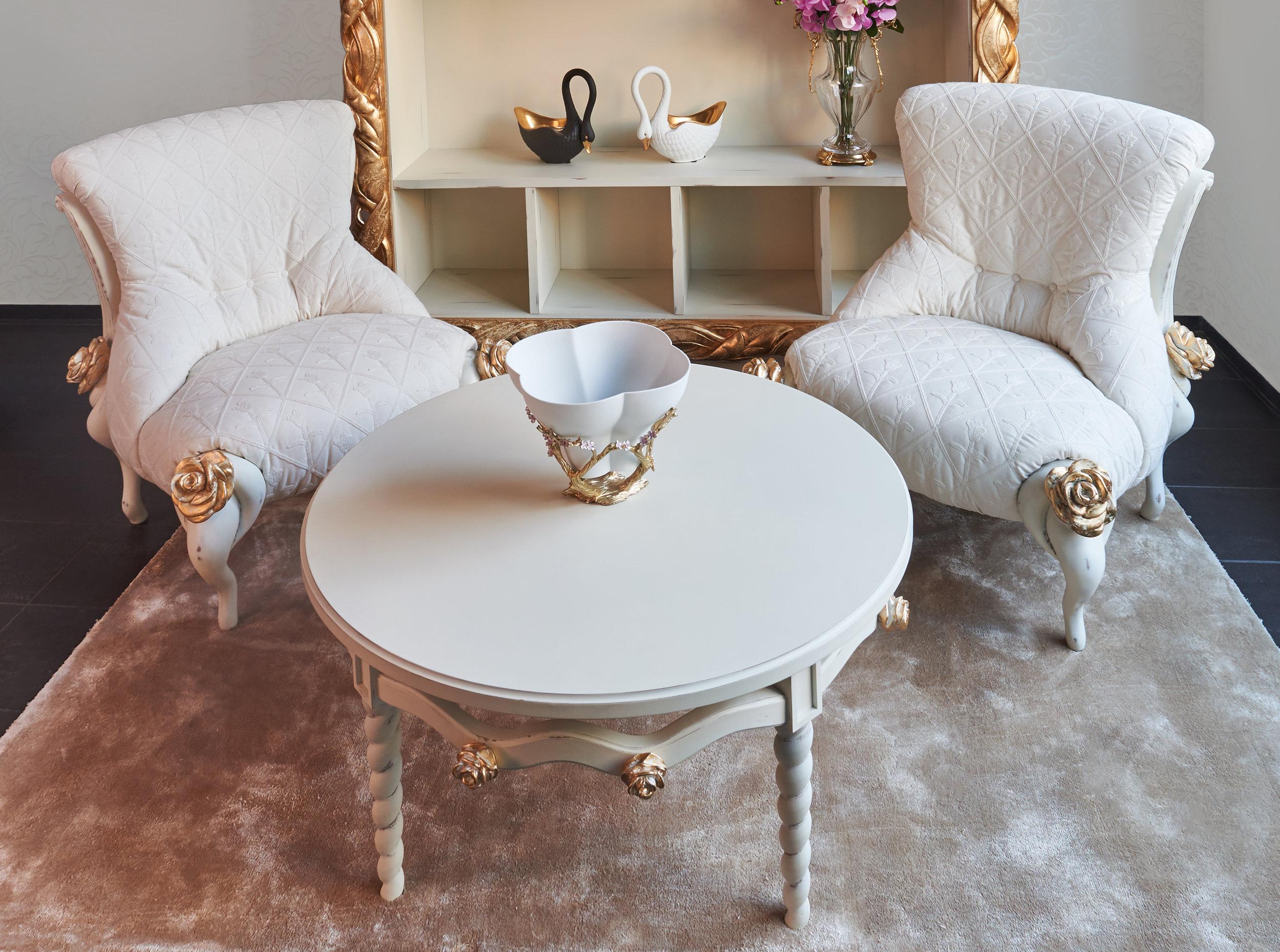 Комплект кресел с кофейным столиком фабрики Bitossi Luciano, коллекция Mon Amour..jpg