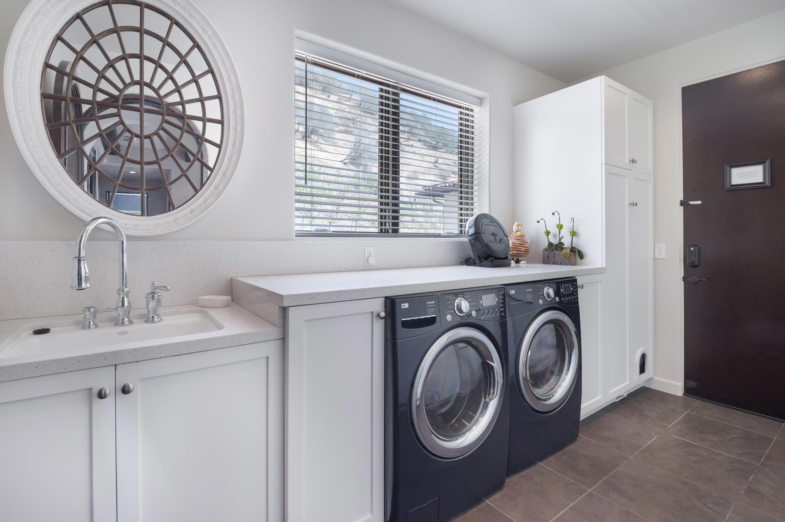 0022_laundry gh.jpg