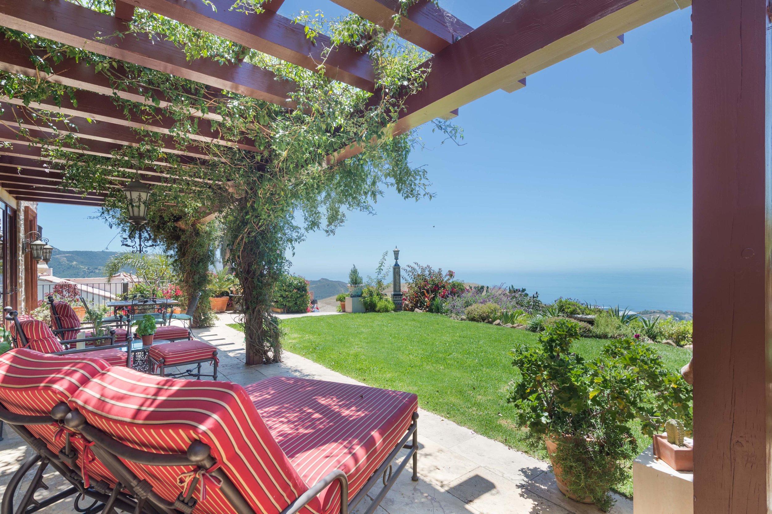 001 Ocean View 26303 Lockwood Road Malibu For Sale Lease The Malibu Life Team Luxury Real Estate.jpg