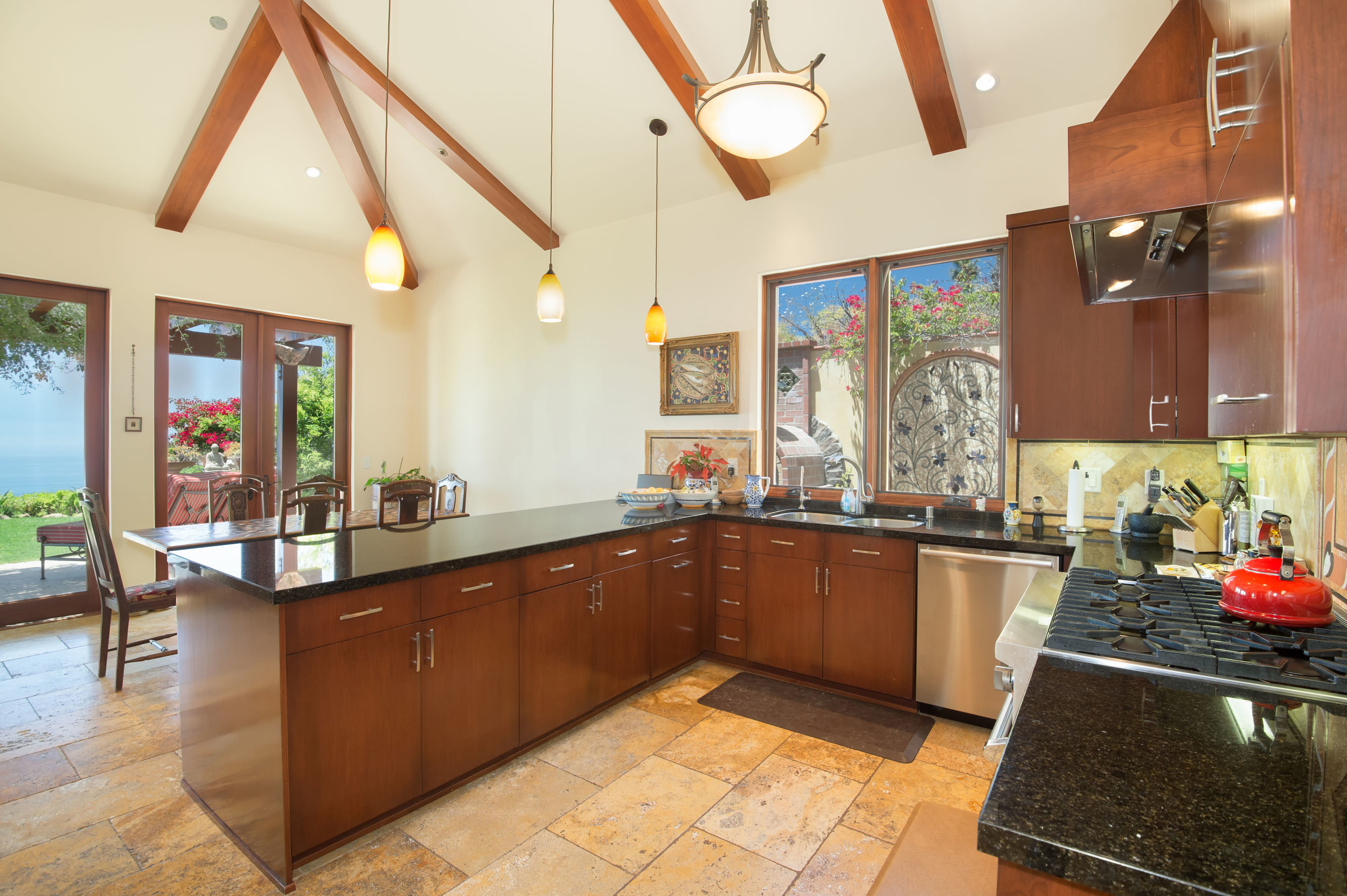 007 Kitchen 26303 Lockwood Road Malibu For Sale Lease The Malibu Life Team Luxury Real Estate.jpg