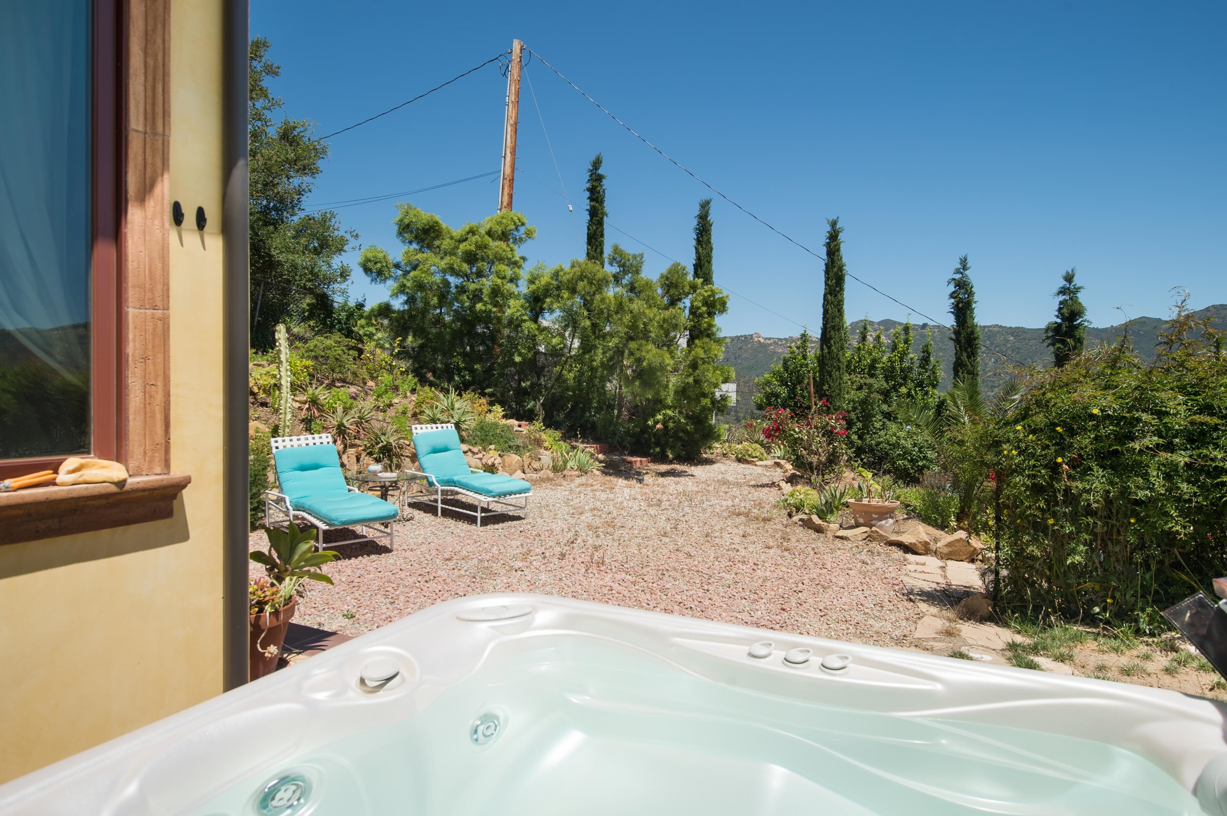 027 Backyard 26303 Lockwood Road Malibu For Sale Lease The Malibu Life Team Luxury Real Estate.jpg