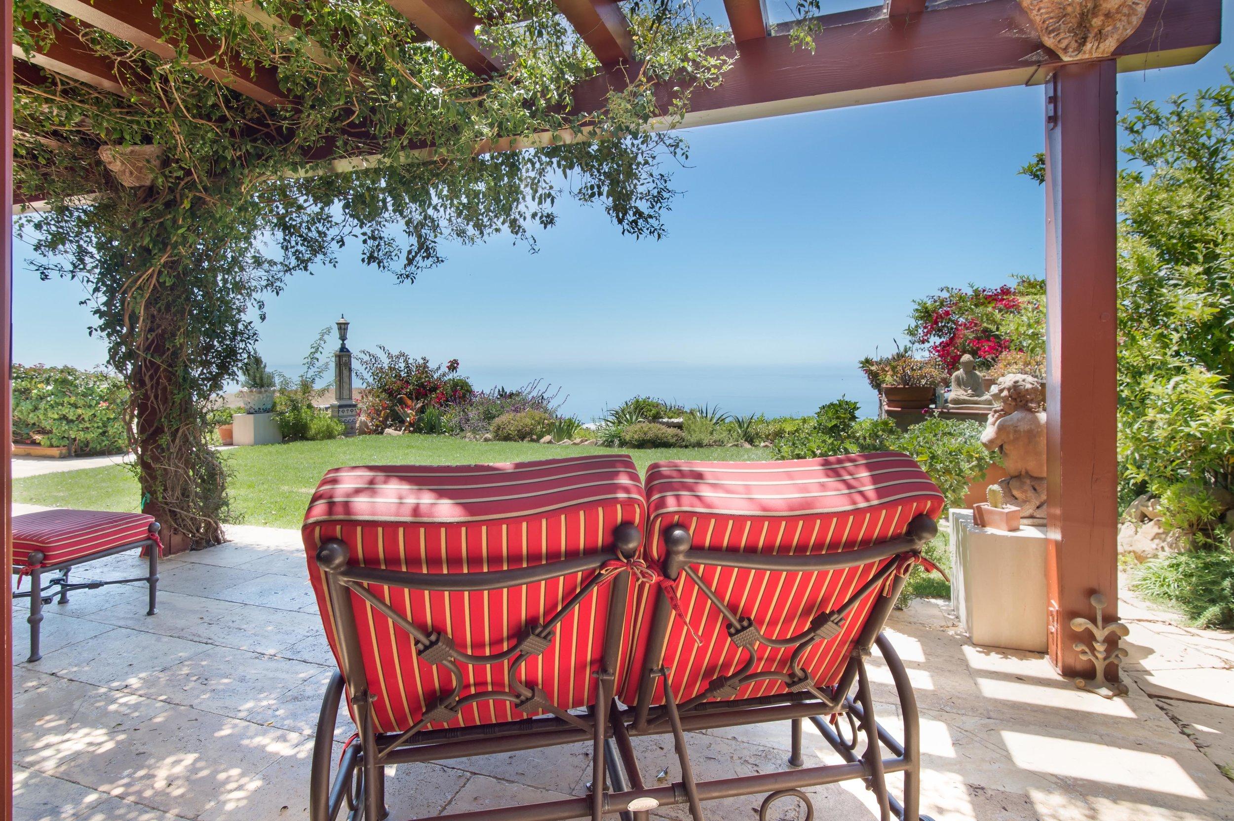035 Ocean View 26303 Lockwood Road Malibu For Sale Lease The Malibu Life Team Luxury Real Estate.jpg