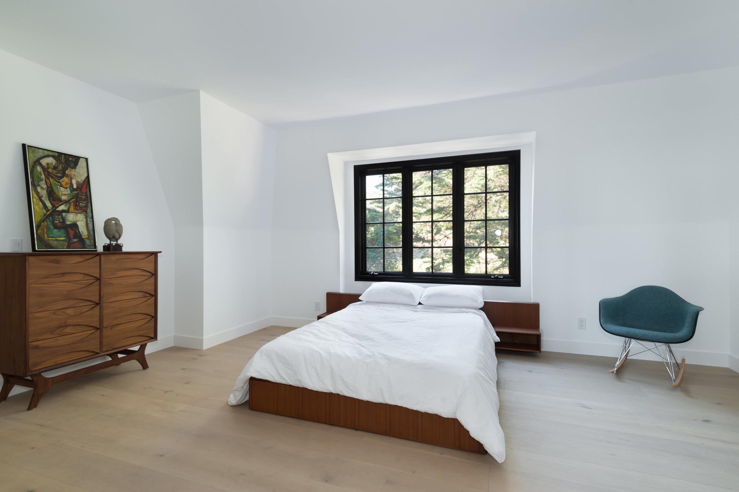 018 bedroom 30340 Morning View Malibu For Sale The Malibu Life Team Luxury Real Estate.jpg