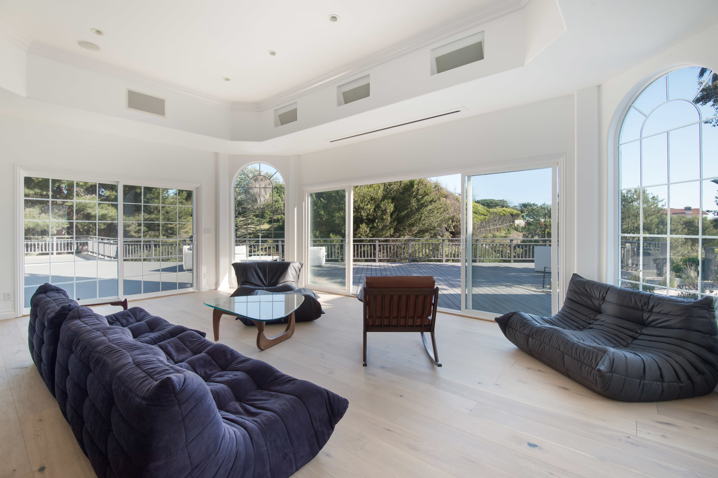 022 guest house 30340 Morning View Malibu For Sale The Malibu Life Team Luxury Real Estate.jpg