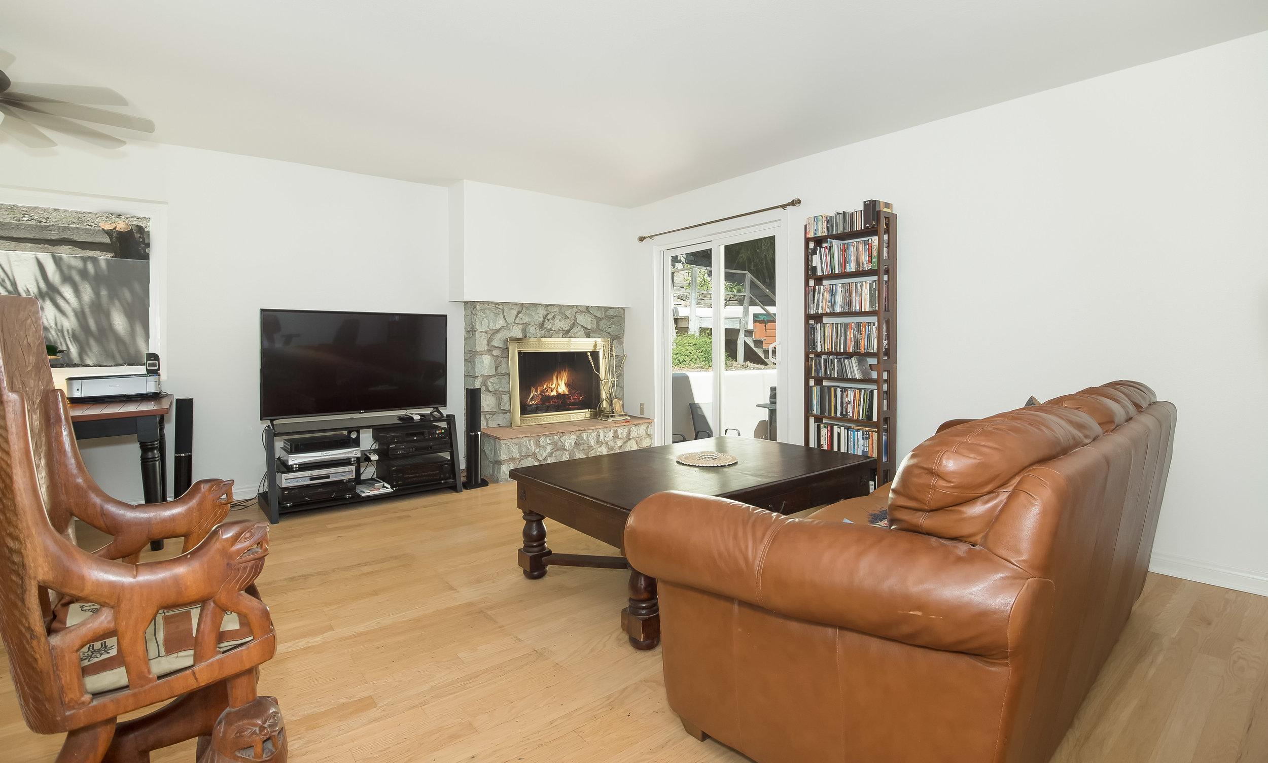 005 Living Room 15072 Rayneta Sherman Oaks For Sale The Malibu Life Team Luxury Real Estate.jpg